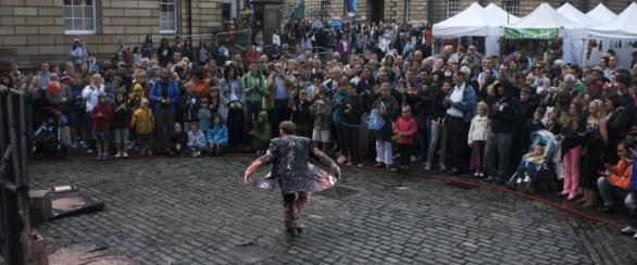 Jon Hicks - Artist in Action - Cabaret Entertainer and Street Performer