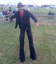 Electric Cabaret - Human statues - Living Statues - Entertainers cowboy