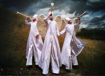 Angels on Stilts Electric Cabaret - Human statues - Living Statues - Entertainers