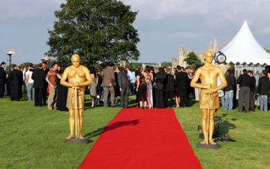 Oscars Electric Cabaret - Human statues - Living Statues - Entertainers