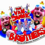 Bread's Van Dunk Brothers - Comedy Swimming Entertainers - Street Show Walkabout