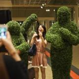 Living Statues - Human Topiary and Human Statues