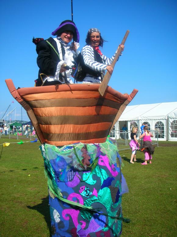 Rum BaBa's Pesky Pirates on Stilts - Stilt Walking Pirates and Ship - Walkabout