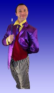 Boo Hiccup - children's entertainer and magician - Show and walkabout